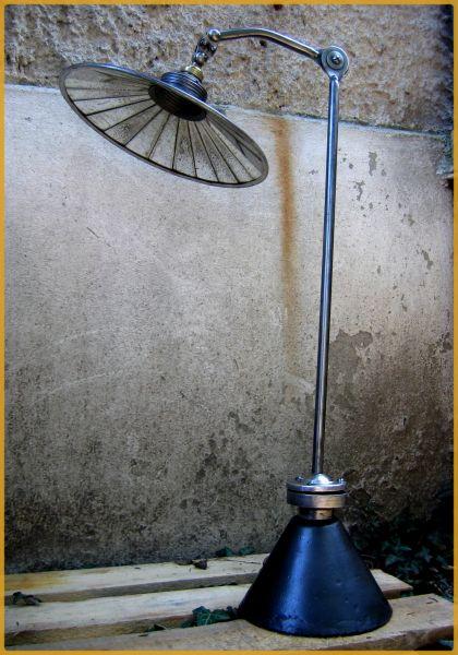 3a46260582e9eb Lampe d atelier ca. 1920 img0174
