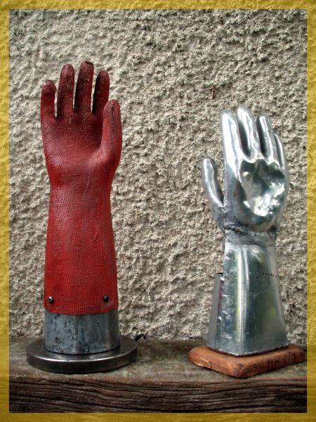 D a l i moule gants lampe ancienne usine d co for Objet deco industrielle